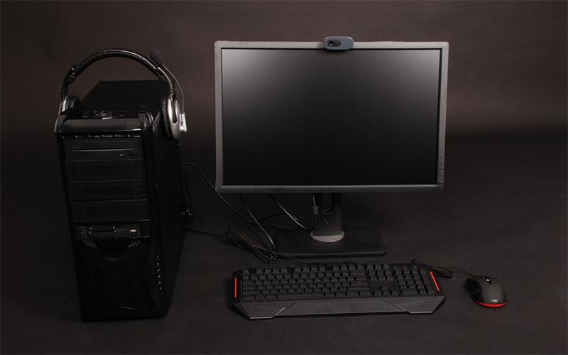 ゲーミング pc モニター